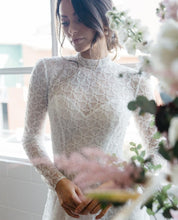 Load image into Gallery viewer, Ivory Embroidered Lace - Como