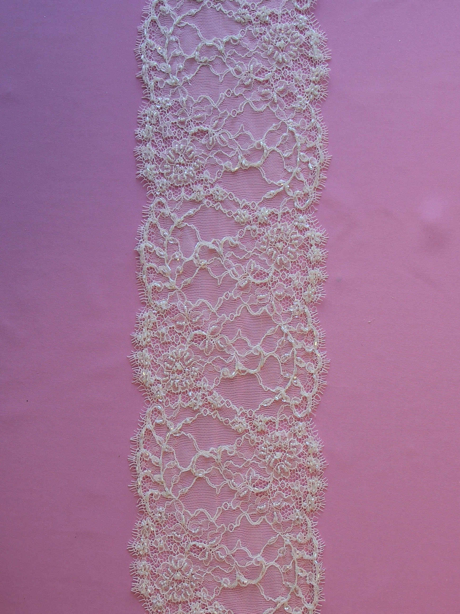 Ivory Beaded Lace Trim - Jade