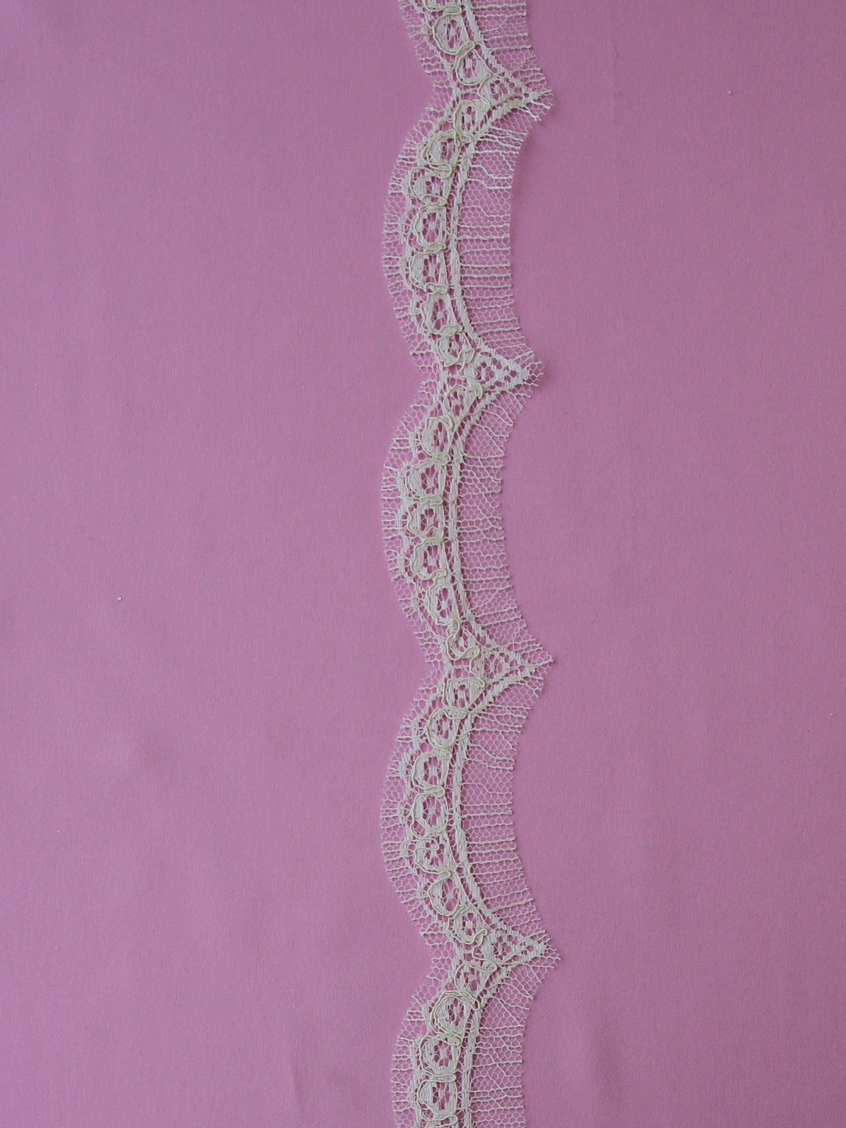 Ivory Chantilly Lace Trim - Pippi