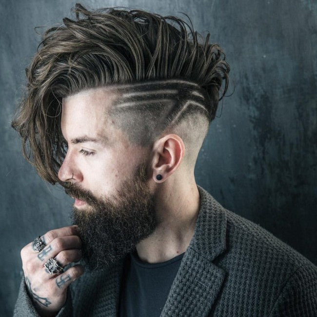 Undercut long en Comb Over + Design - Coupe de cheveux homme