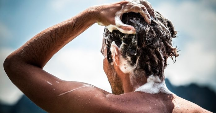 shampoing cheveux homme