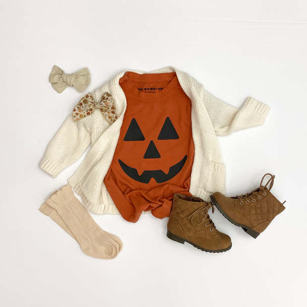 Jack-o-Lantern Child Essential Tee   Mommy and Me 1