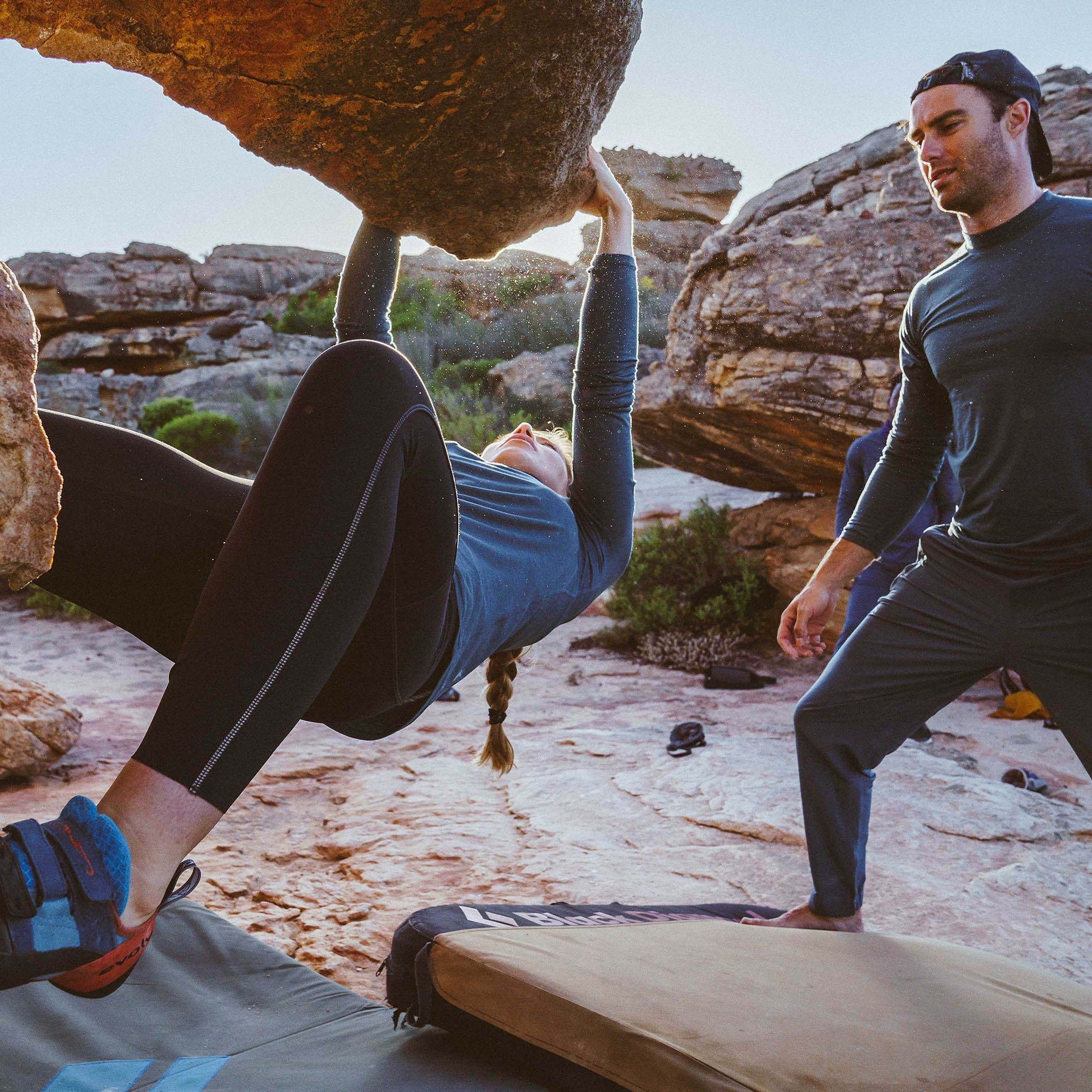 Running is the link when bouldering in the Cederberg mountains, SA