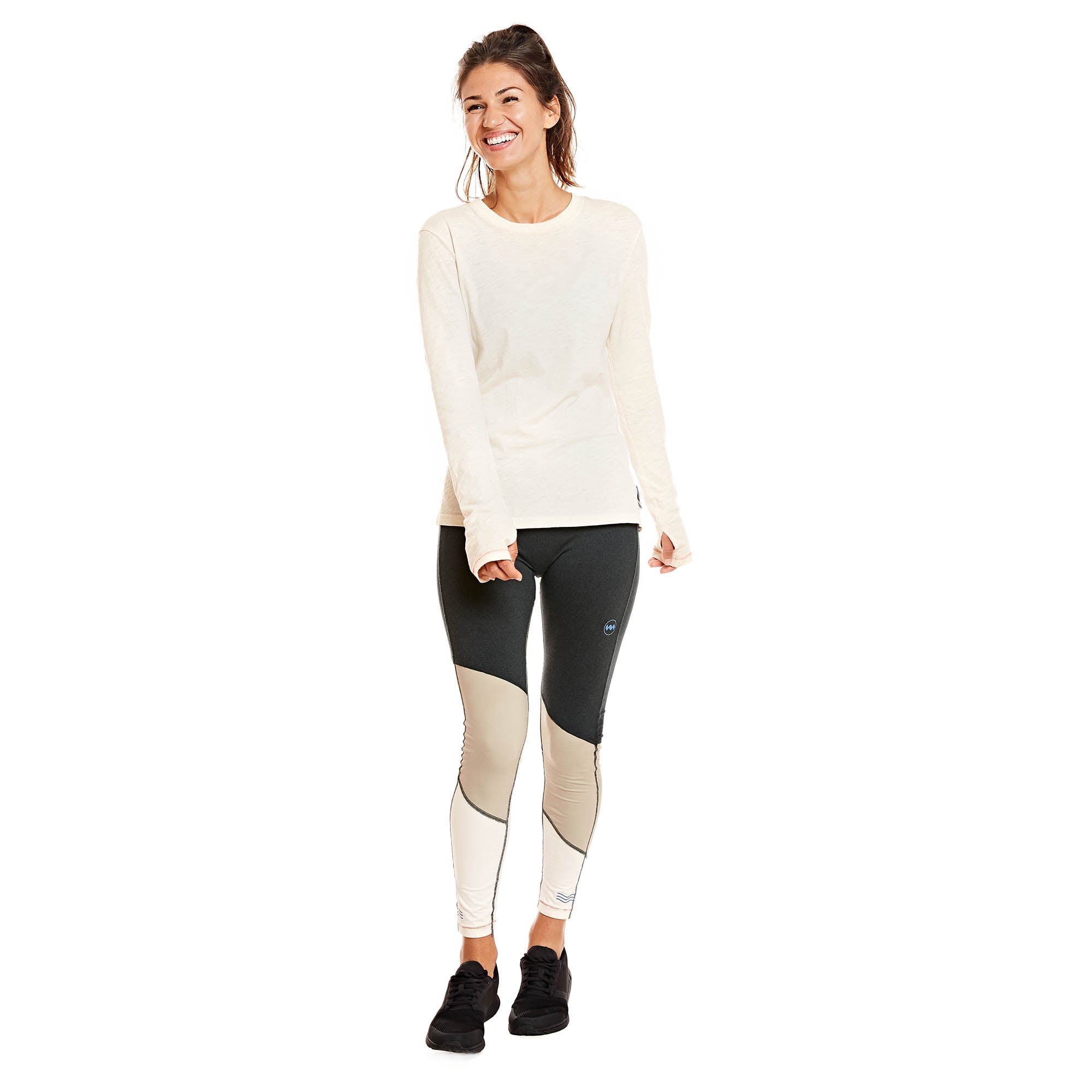 W's Runpaca Long Sleeve in Salar