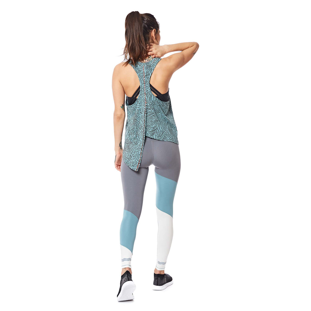W's Runpaca Wrap Tank in Patina Tok Dot