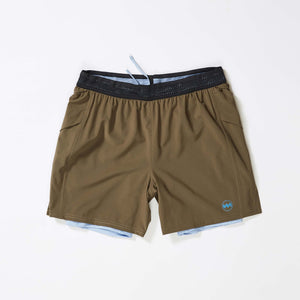 "M's 8"" 2-in-1 Traverse Short in Stingray"