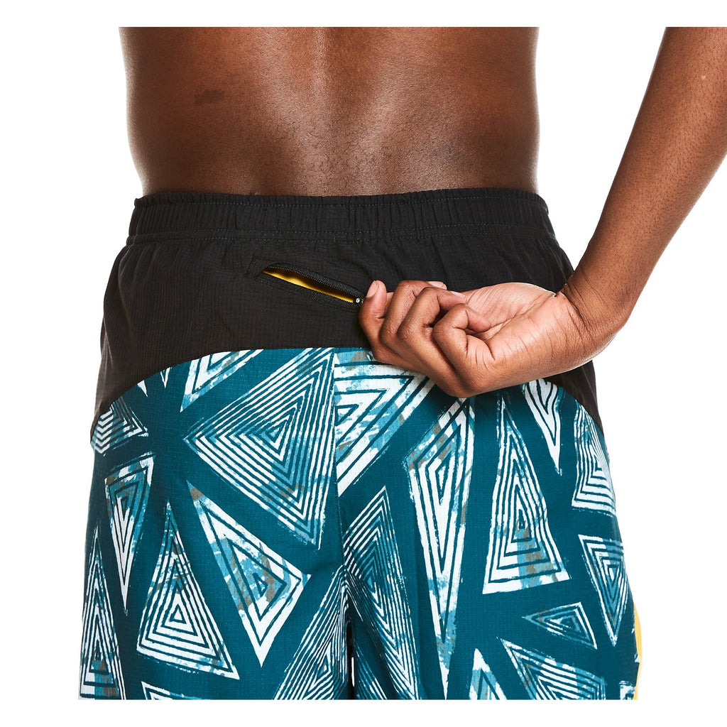 "M's 7"" 2-in-1 Traverse Short in Amazzi Triangle"