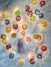 Load image into Gallery viewer, 20 Metal Ball String Light USB Powered (10 Foot)