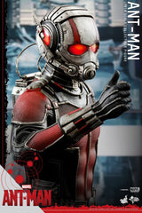 ANT-MAN: Ant-Man 1:6 Scale Movie Masterpiece Figure