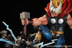 MARVEL COMICS: The Mighty Thor Strike Down Version Statue
