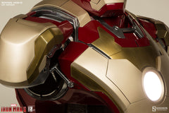 IRON MAN 3: Iron Man Mark 42 Life-Size Bust