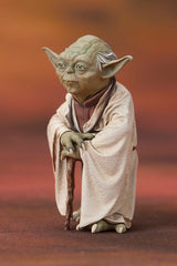 STAR WARS: Yoda & R2-D2 Dagobah ArtFX+ Statue Two Pack