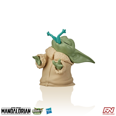 STAR WARS: THE BOUNTY COLLECTION The Child (Froggy Snack) 2.2-Inch (5.5cm) Collectible Figure