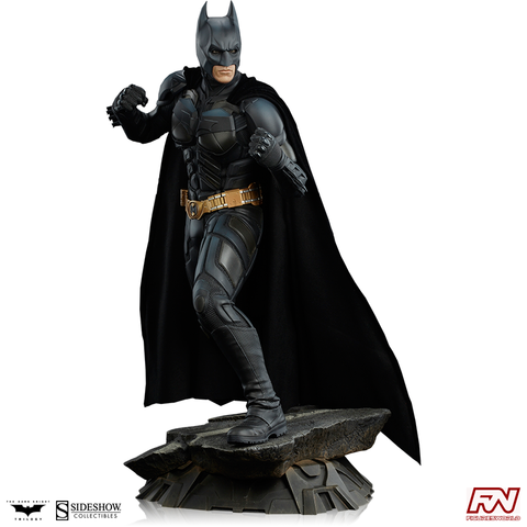 THE DARK KNIGHT: Batman Premium Format™ Figure
