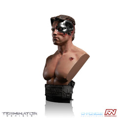 1984 Terminator Genisys™ Battle Damaged 1:2 Scale Bust