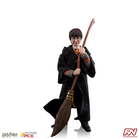 HARRY POTTER: Harry Potter 1:6 Scale Collectible Figure