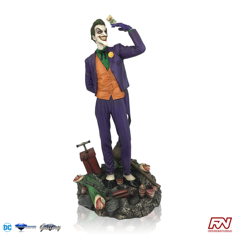 DC COMIC GALLERY: The Joker PVC Diorama