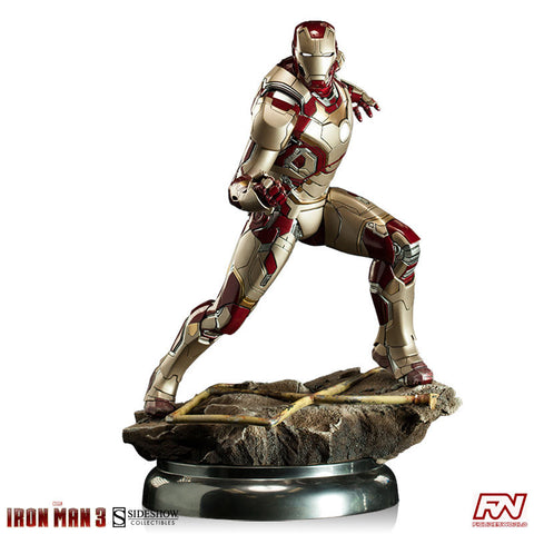 IRON MAN 3: Iron Man Mark 42 Maquette