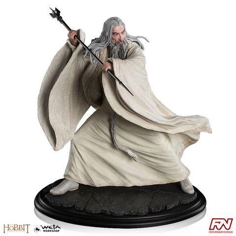 THE HOBBIT: Saruman the White at Dol Guldur Statue