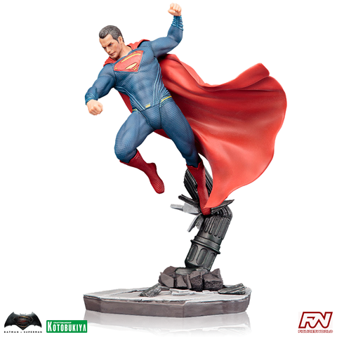 BATMAN V SUPERMAN: DAWN OF JUSTICE Superman ArtFX+ PVC Statue