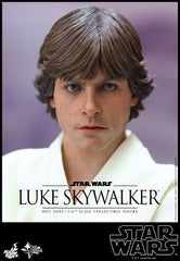 STAR WARS: Luke Skywalker 1:6 Scale Movie Masterpiece Figure