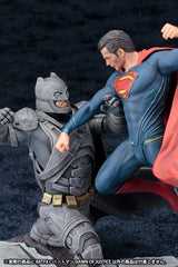 BATMAN V SUPERMAN: DAWN OF JUSTICE Batman ArtFX+ PVC Statue
