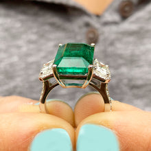 Load image into Gallery viewer, HUGE 14k solid white gold natural green emerald and natural round and cushion cut diamonds ring, bridal, engagement, wedding 6.50ct
