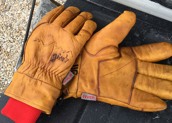 Give'r 4-Season Hand Branded Leather Gloves