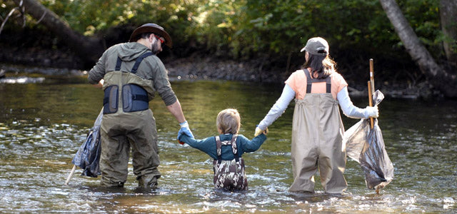 Oakiwear - small outdoor gear companies for kids