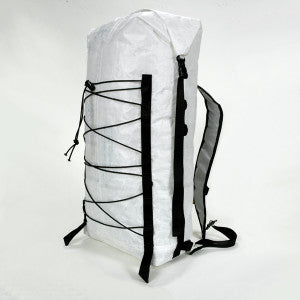 Summit Three Quarter w straps