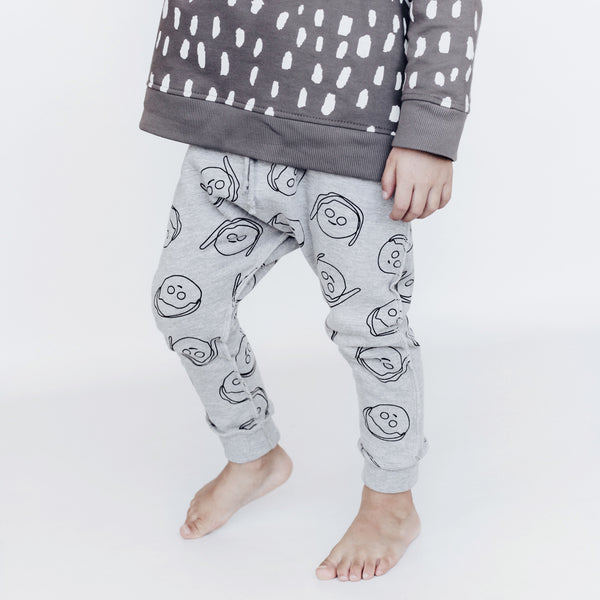 'BOYS+GIRLS' FRENCH TERRY PANT (HEATHER GREY)
