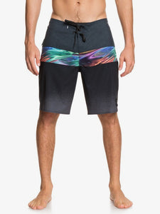 "QUIKSILVER MENS HIGHLINE HOLD DOWN 20"" BLACK BOARDSHORT"