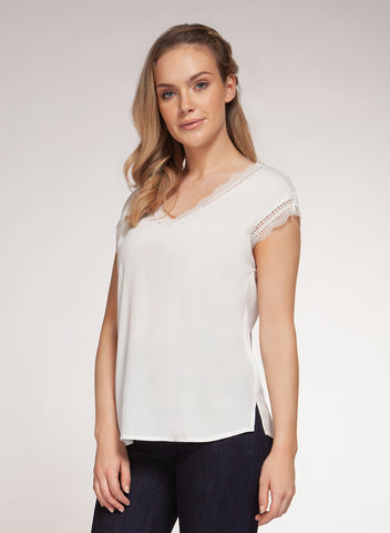 DEX CLOTHING LADIES WHITE LACE NECK SS TOP