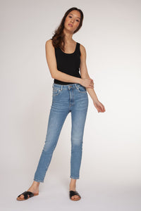 DEX CLOTHING LADIES MID RISE SKINNY JEANS