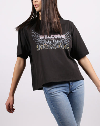BRUNETTE THE LABEL LADIES WELCOME TO THE BABES CLUB VINTAGE BOXY WASHED BLACK TSHIRT