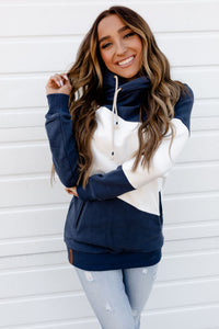 AMPERSAND AVE LADIES MIDTOWN NAVY WHITE SINGLEHOOD HOODIE