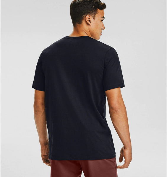UNDER ARMOUR MENS BLACK POCKET TSHIRT