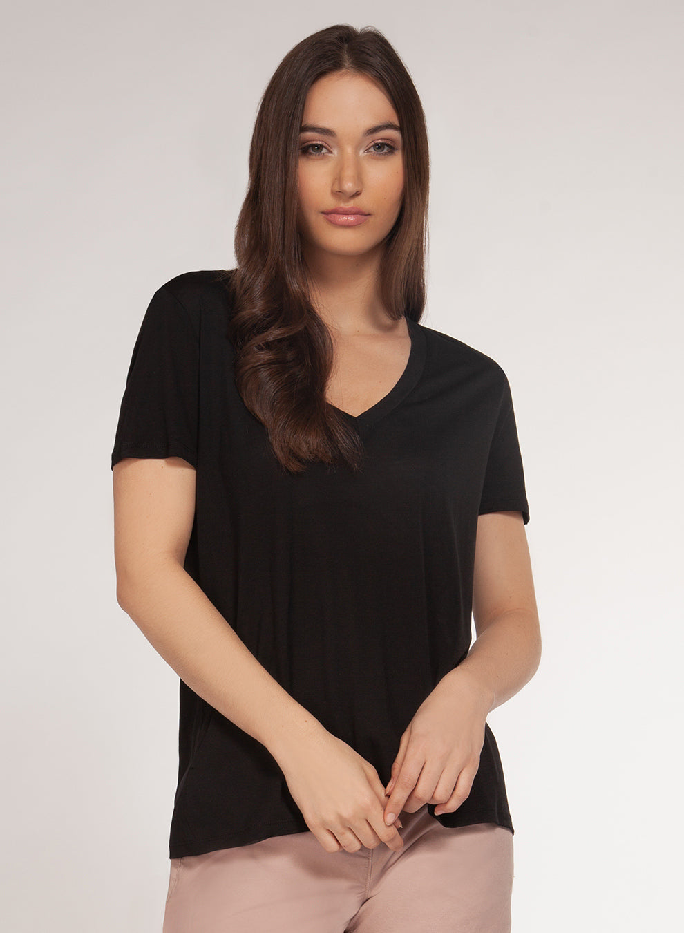 DEX CLOTHING LADIES V-NECK BLACK SS TOP