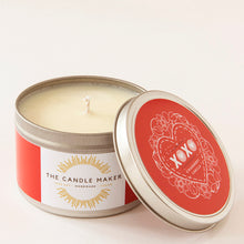 Load image into Gallery viewer, xoxo valentines day soy wax candle