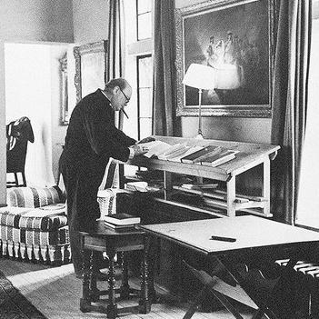 5 Influential People with Standing Desks