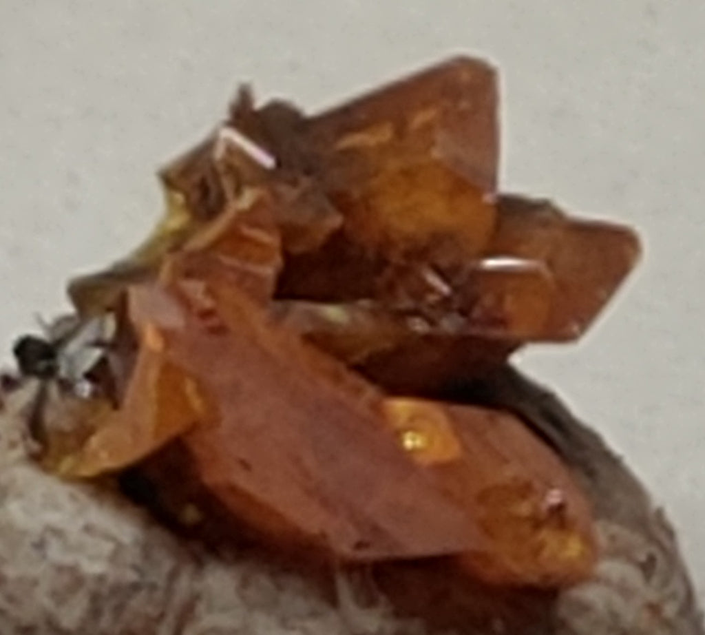 Wulfenite from Red Cloud Mine, Arizona. Stock 0.9 cm #5219