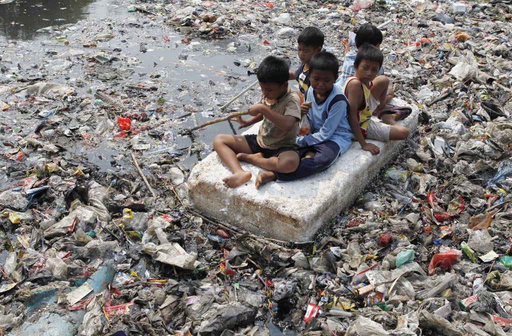 TRASH RIVER CHILDREN RIVER