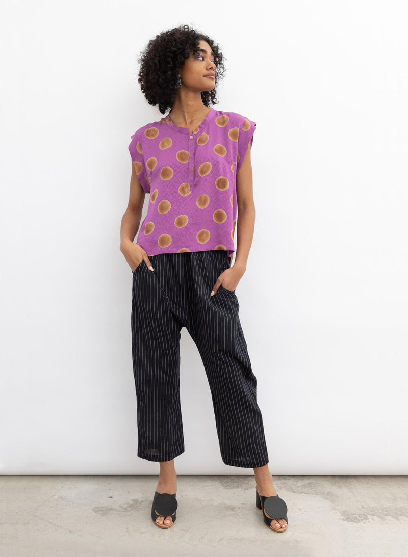 Kerry Top, orchid polka dot