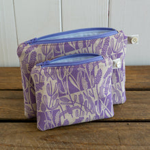 Load image into Gallery viewer, Screen printed small Lavender Purse