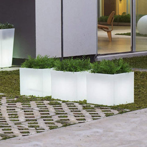 Lit Planters The Simple Way to Illuminate Your Garden