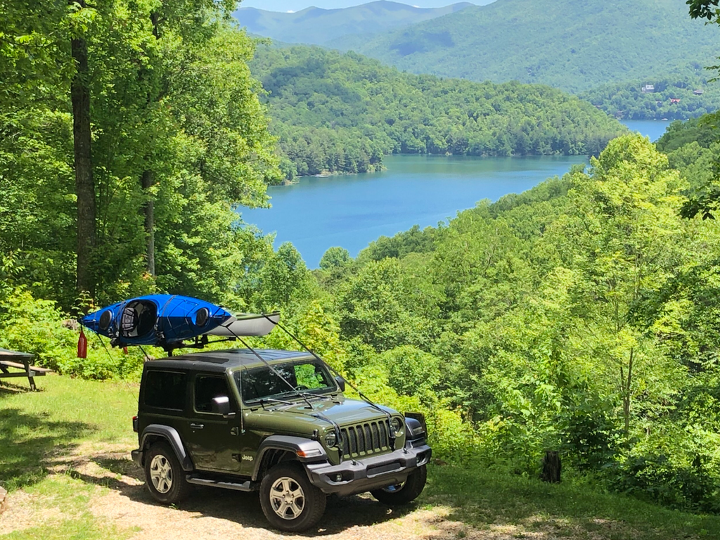 Jeep with Hitchmount-Rack in its natural habitat!