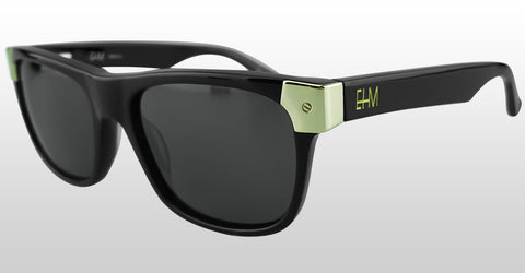 SHOP MEN'S WAYFARER SUNGLASSES