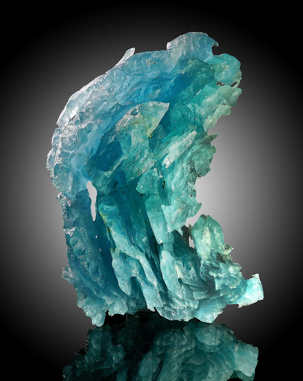 Hydrothermal Aquamarine Crystal from Minas Gerais, Brazil - Astro Gallery