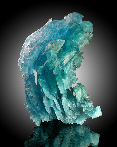 Hydrothermal Aquamarine Crystal from Minas Gerais, Brazil