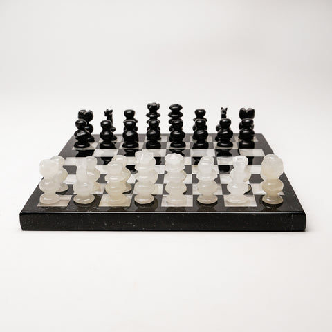 Small Black and White Onyx chess set